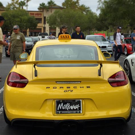 Porsche Cayman GT4 Taxi Shows Up at Cars & Coffee in