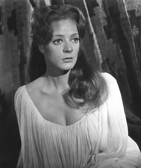 Maggie Smith young - Rare photos of Lady In The Van star