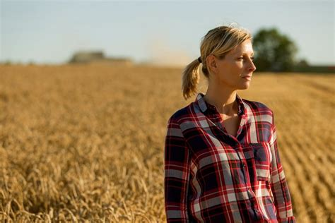 Agriculture an also-ran in federal budget - Manitoba Co