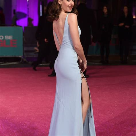 Alison Brie From The 'Glow': 5 Hot Instagram Pics You Need To