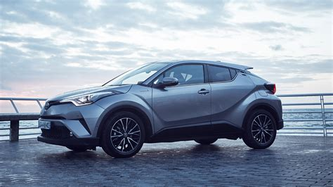 Toyota C-HR Hybrid: 4 reasons why this should be your