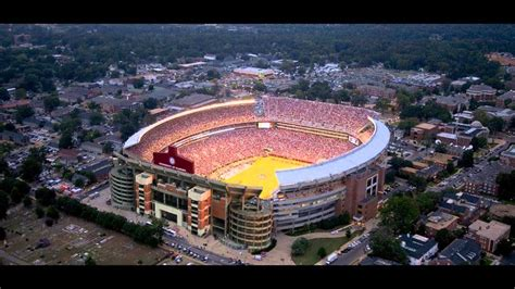 Top 10 Largest Stadiums in United States - YouTube