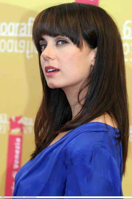 Mia Kirshner; Rumors Of Being Bisexual: Is She Dating Someone?