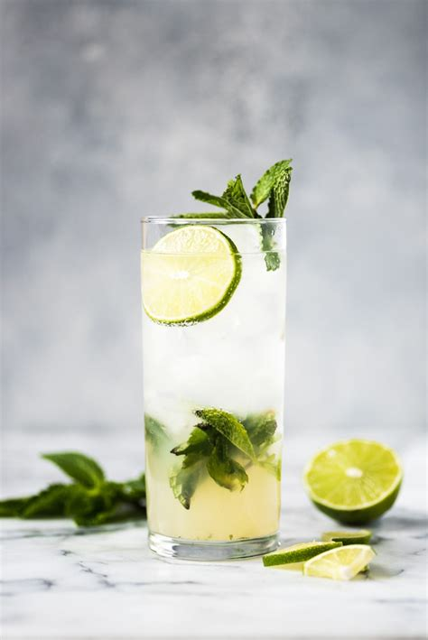 The BEST Mojito Recipe - Isabel Eats