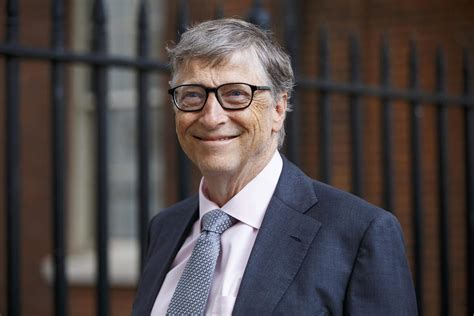 These Are Bill Gates' 4 Rules of Reading | Reader's Digest