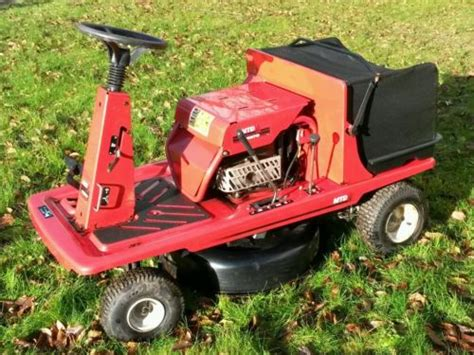 Mtd Dx60 Pinto Ride-on Lawn Mower For Spares Or Repair