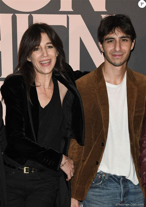 "Charlotte Gainsbourg : Son ""bad trip"" à cause d'un space"