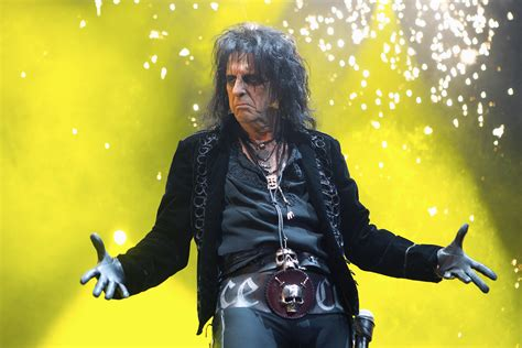 Live Review: Alice Cooper w/ Ace Frehley @ Rod Laver Arena