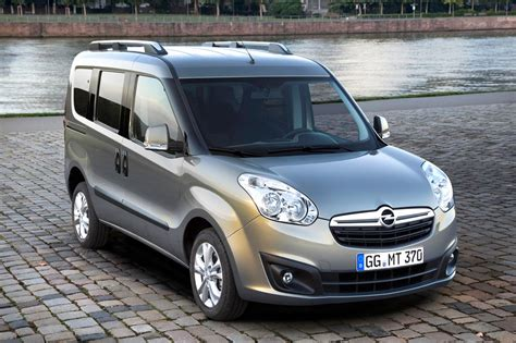 2016 Opel Combo b tour – pictures, information and specs