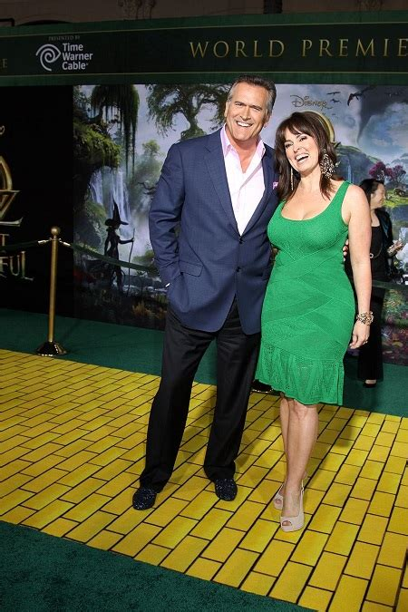 Bruce Campbell's Overall Earnings, his salary, house, cars