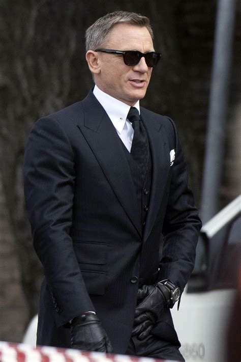 'Spectre' Style Roundup: Is James Bond Still Dressed to Kill?