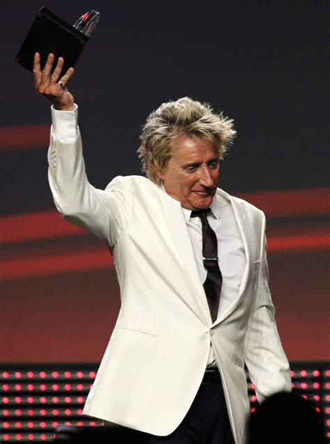 Queen's Birthday Honours 2016: Rod Stewart gets knighthood