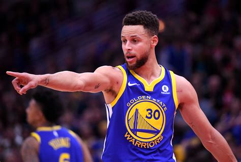 Stephen Curry Back For Game 2, Thompson Not Focused On