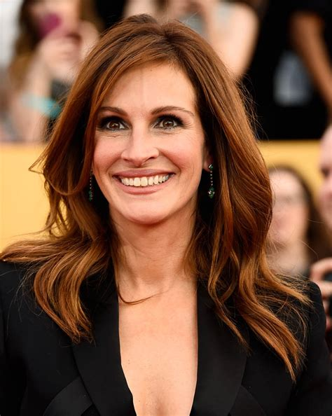 "Julia Roberts: ""Wordy Little Tongue Twister"" at the SAGs"