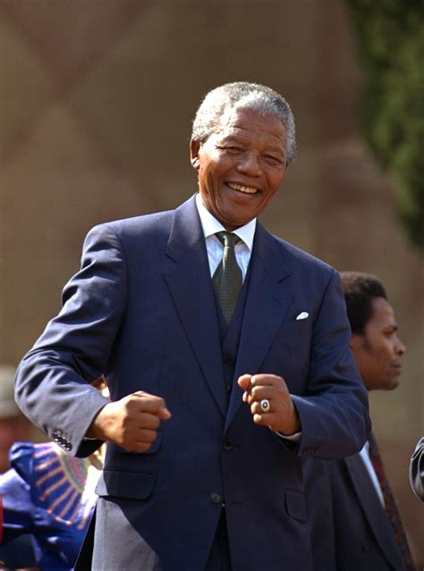 Nelson Mandela, 20th century colossus, dies at 95 - The Blade