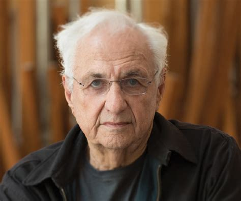 Frank Gehry Biography - Childhood, Life Achievements