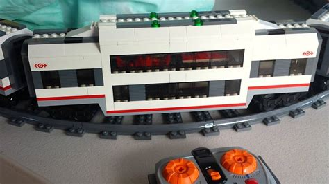 Lego train 60051 centre passenger and extended passenger