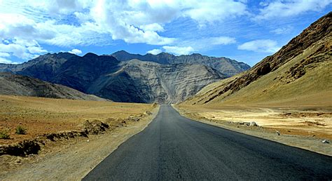 7 reasons to visit Leh Ladakh - Pack your bags now