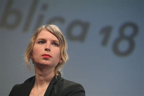 Chelsea Manning fights grand jury subpoena seen as linked