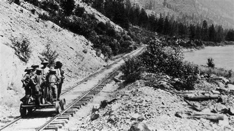 Building the Transcontinental Railroad: How Some 20,000