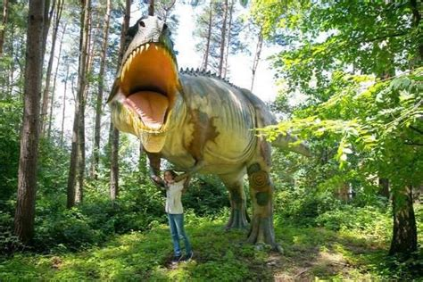 Dinosaurs in the Veszprém zoo – Daily News Hungary
