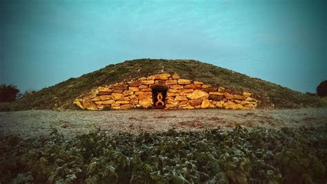Long Barrow at All Cannings - Wikipedia